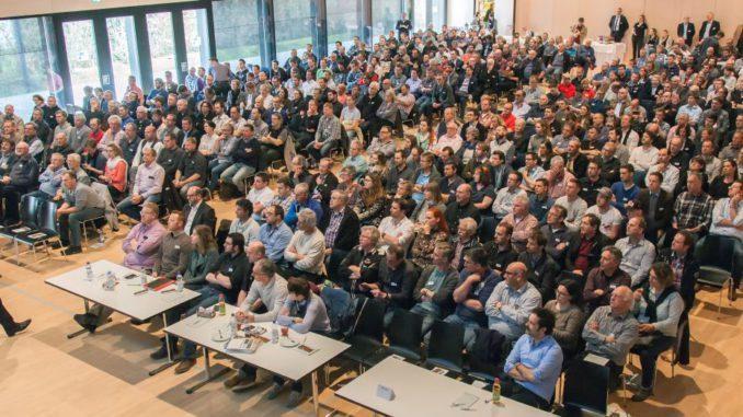 """""""Mehrgeschossiger Holzbau – die Bauweise der Zukunft"""" kamen über 500 Besucher."""