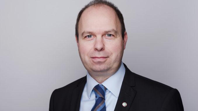 """Lars Lepke, Hagebau Abteilungsleiter Vertrieb Holz: """"Emissionsarme, wohngesundheitlich optimierte Produkte sind ein Wachstumsmarkt."""""""