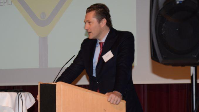 """EPLF-Vize-Präsident Paul De Cock (Unilin) erklärte zum neuen EPLF-Innovationsmanifest: """"Unser Ziel ist es, den Zukunftsanspruch von europäischem Laminat festzuschreiben."""" Foto: EPLF"""