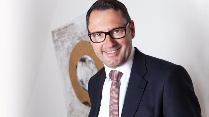 Zum 1. September 2017 übernimmt Dr. Hubert Mattersdorfer den Vorstand Vertrieb und Marketing bei SAINT-GOBAIN ISOVER G+H