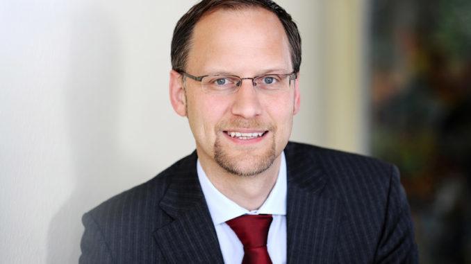 """Dr. Marc Zgaga: """"Trotz turbulenter Zeiten in der Weltwirtschaft erweist sich der kooperierende Möbelfachhandel als stabile Größe."""""""
