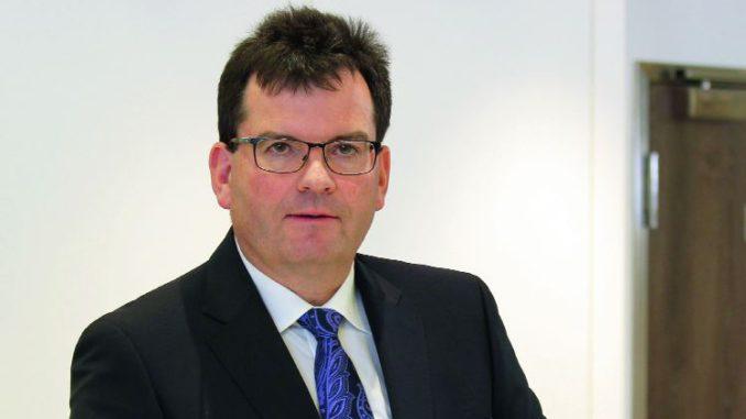 Franz David), seit März 2015 im Vorstand der Westag & Getalit AG, hat sein Mandat niedergelegt.