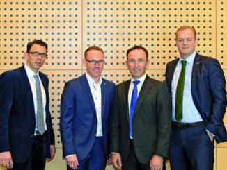 Wiederwahl der Fachgruppensprecher v. l.: Ludger Kölven, Markus Tecker, Wolfgang Seltenreich und Bereichsleiter Stefan Pfeil.