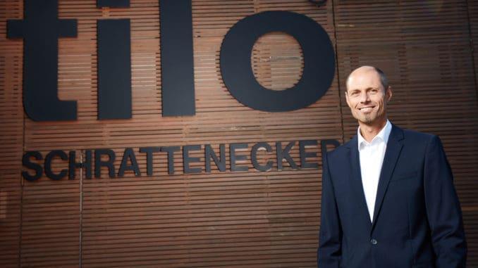 Herbert Kendler, Geschäftsführer der Tilo GmbH, freut sich über ein hervorragendes Geschäftsergebnis 2017 und kündigt Investitionen in Millionenhöhe am Standort in Lohnsburg an.