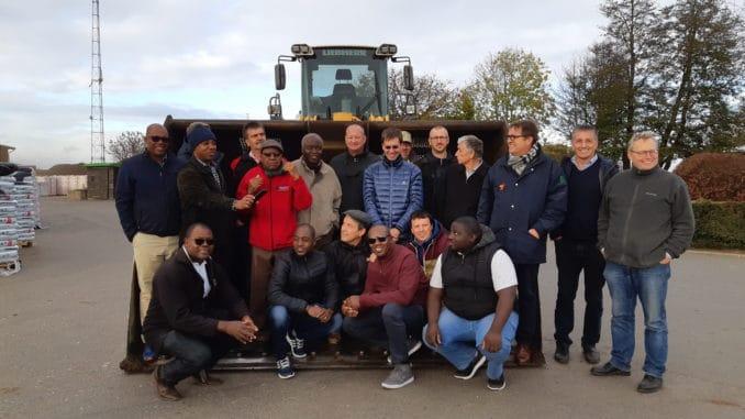 Eine Delegation aus Namibia zu Besuch bei Eifel-Holz.