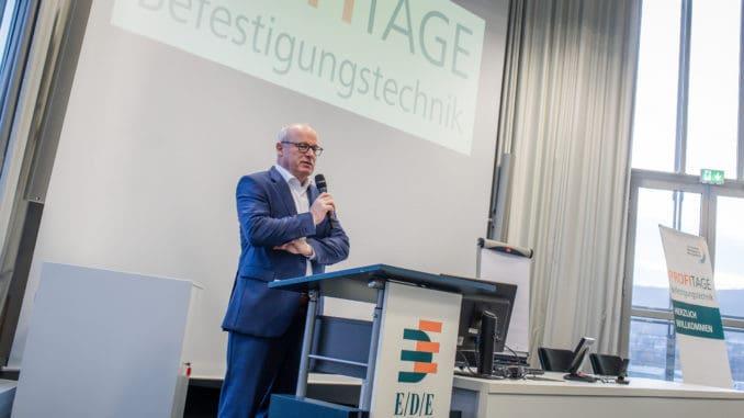EDE-Geschäftsführer Dr. Christoph Grote eröffnete die diesjährigen Profitage Befestigungstechnik.