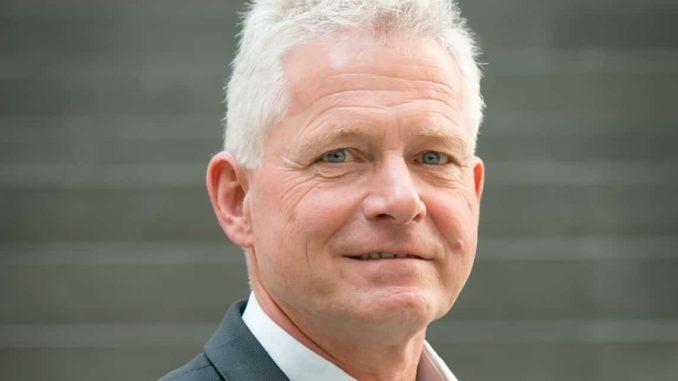Dr. Hannes Zapf, der Vorsitzende der Deutschen Gesellschaft für Mauerwerks- und Wohnungsbau (DGfM), will Privilegien für den Holzbau im Land verhindern.