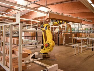 Produktionsroboter bei Schlotterer, der Teil der IFN-Holding ist. [Bild: IFN-Holding]