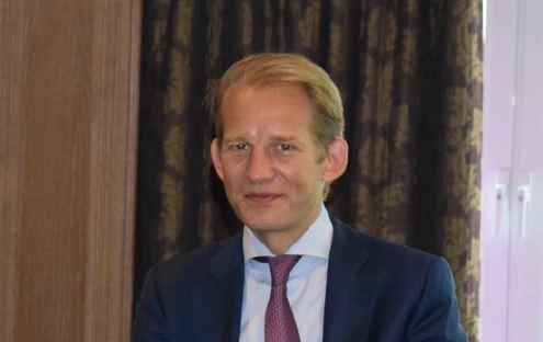 Max von Tippelskirch (Swiss Krono Group) wurde von der EPLF-Mitgliederversammlung einstimmig zum neuen Vorsitzenden gewählt.